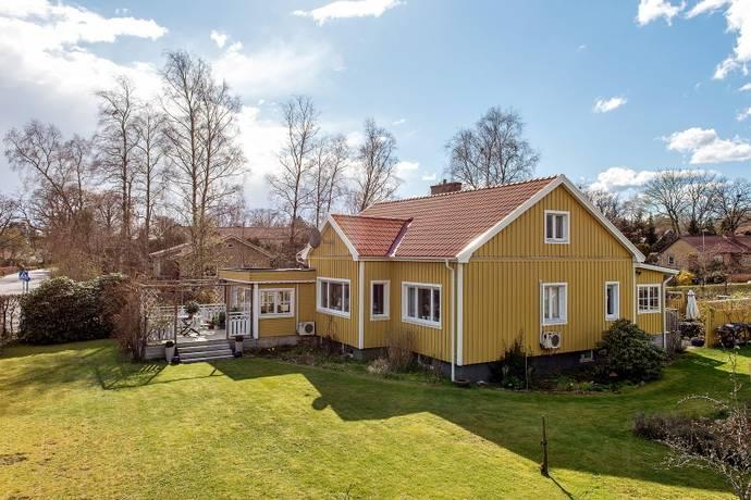Bild: 6 rum villa på Västanväg 2, Höörs kommun Sätofta