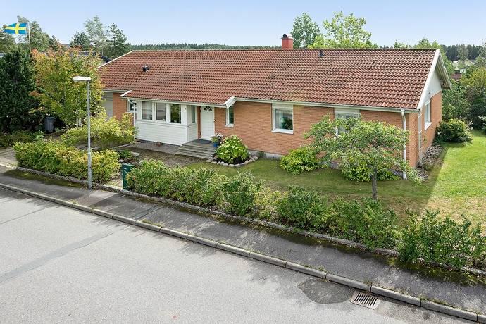Bild: 5 rum villa på Träningsstigen 14, Vetlanda kommun Östanskog