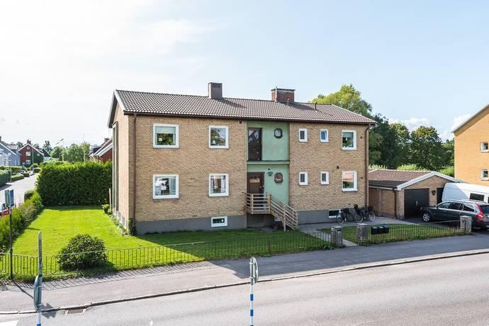 Bild: 11 rum villa på Kaptensgatan 23, Motala kommun Mossen