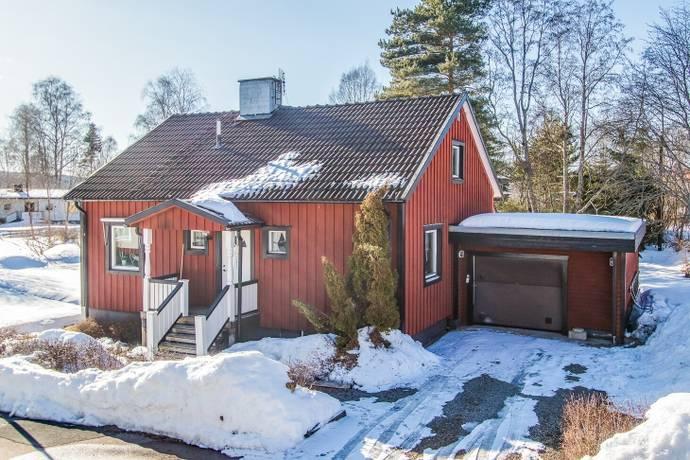 Bild: 7 rum villa på Fjällvägen 3, Smedjebackens kommun Stegelbacken