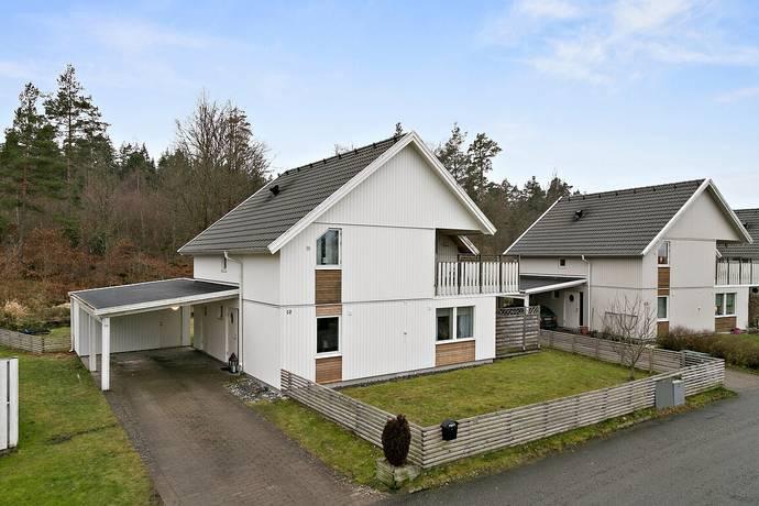 Bild: 6 rum villa på Oskarsbergsvägen 10, Göteborgs kommun Olofstorp