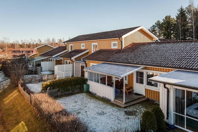 Bild: 3 rum bostadsrätt på Nyckelpigevägen 72, Skövde kommun Södra RYD