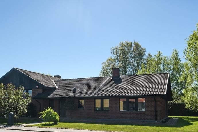 Bild: 6 rum villa på Storhällagatan 63, Malmö kommun Riseberga