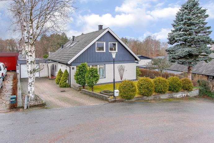 Bild: 5 rum villa på Kråkbärsvägen  8, Olofströms kommun