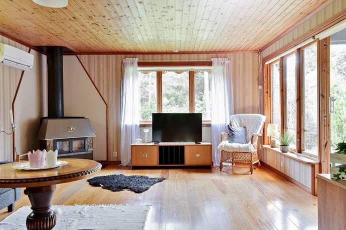 Bild: 4 rum villa på Lärbro Gisslause 1840, Gotlands kommun Norra Gotland