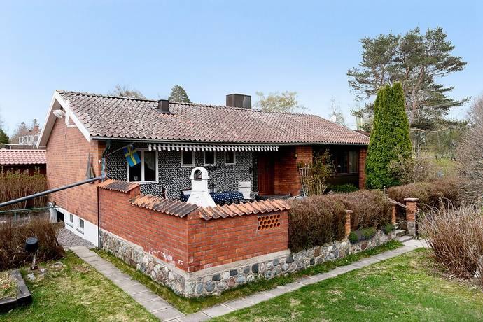 Bild: 4 rum villa på Vikingalundsvägen 2, Norrtälje kommun Älmsta