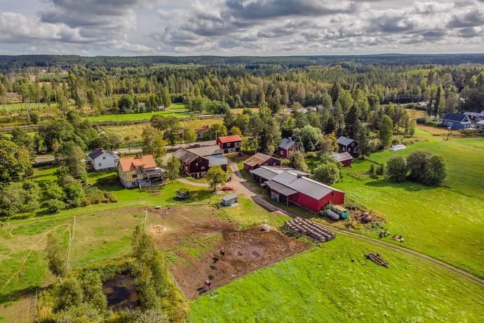 Bild: 200 m² villa på Säbyggebyvägen 145 & 147, Ockelbo kommun