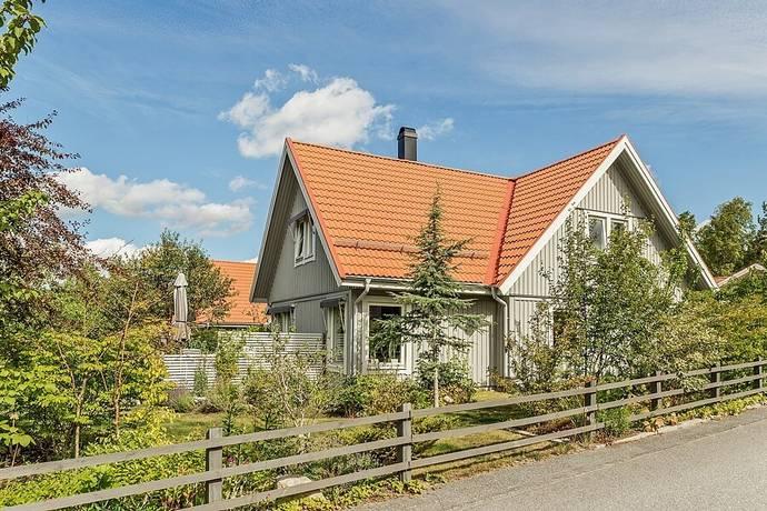 Bild: 6 rum villa på Portvaktsstigen 3, Salems kommun Söderby