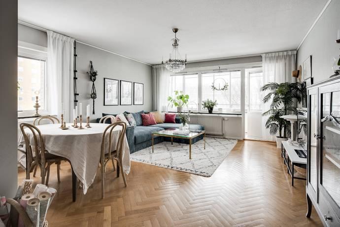 Bild: 3 rum bostadsrätt på Önskevädersgatan 51, Göteborgs kommun Biskopsgården