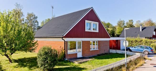 bra hus nyköping