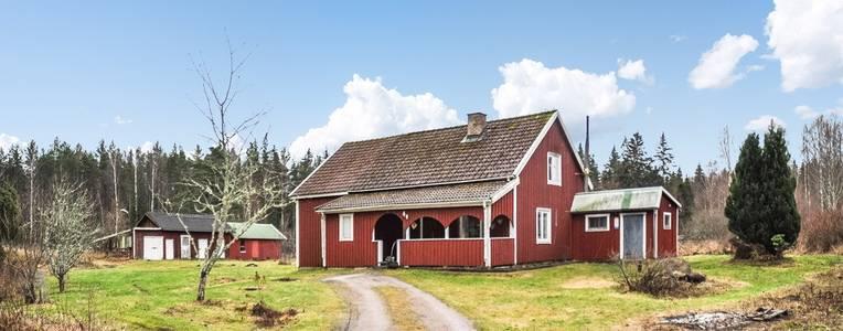 gårdar till salu västra götaland